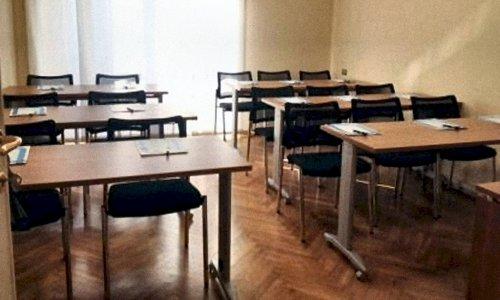 sala-riunioni-milano-stazione-centrale-H-12-15-pax-2